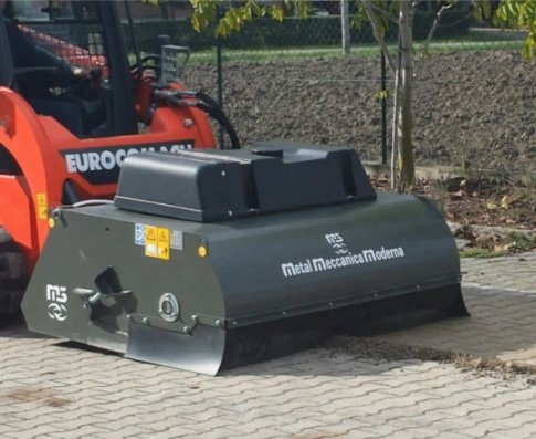 M3 Skid Steer Sweeper Bucket | Active VMA